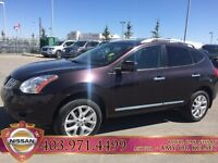 2013 Nissan Rogue SL AWD Fully loaded, Sunroof & Back up camera