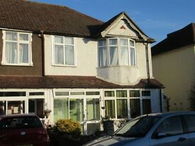 Spacious THREE BED UNFURNISHED HOUSE only a short walk to Bromley South station & town centre