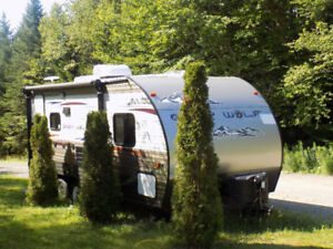 Limited Edition 2014 GreyWolf 19foot Toy Hauler For Sale