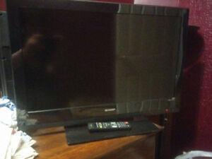 """32"""" Sharp LCD TV"""