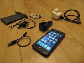 APPLE iPhone 5 16gb Black UNLOCKED with ANKER Bluetooth Sports Earphones & Apple Earpods + EXTRAS