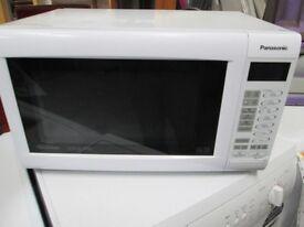 ***++PaNaSoNiC TOUCH BUTTONS MICROWAVE/FREE LOCAL DELIVERY IN DUNDEE AREA ONLY/VERY CLEAN*