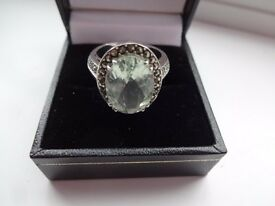 Green amethyst ring in solid sterling silver (size N/7)