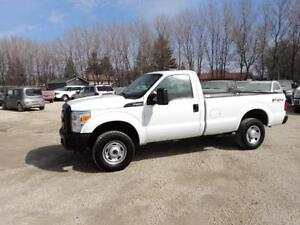 Only 72,000kms 2011 Ford F250 Regular Cab 4x4 Low KMS