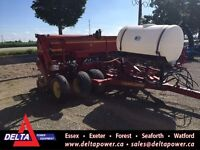 2002 Sunflower 9411 Seed Drill