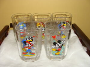 5 verres Mickey Mouse