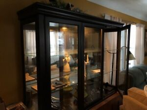 China Cabinet(top)/Display Hutch