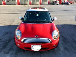2010 MINI Cooper Classic Coupe (2 door)