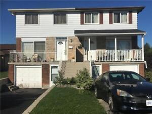 Beautiful Spacious House With 4+2 Bedroom