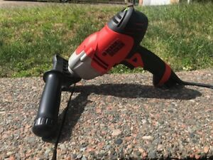 Black and Decker 6amp Corded Drill