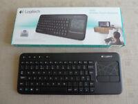Logitech K400r Wireless Keyboard/Mousepad