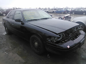 2008 FORD CROWN VIC POLICE INTCPTR - FOR PARTS