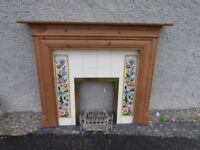 Mantelpiece / mantlepiece, tiled surround and grate