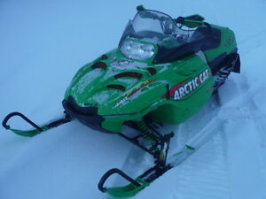 2001 Arctic Cat 440 SnoPro light weight very fast race sled