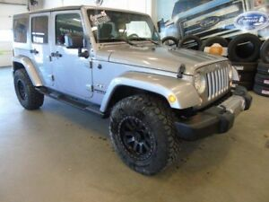 2016 Jeep Wrangler Unlimited Sahara (Hard Top, Nav)