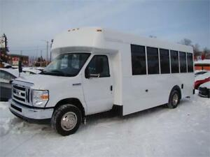 2015 Ford E-450 Econoline 24 Passenger Blue Bird Bus