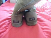 LADIES UGG BOOTS BROWN SIZE 7