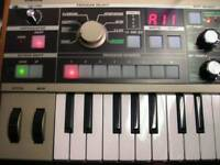 Korg MicroKorg keyboard Synth Piano Midi Controller
