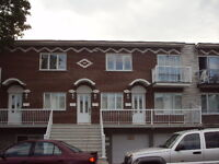 St-Leonard Grand 4 1/2  $775.00  **Oct ou Nov**