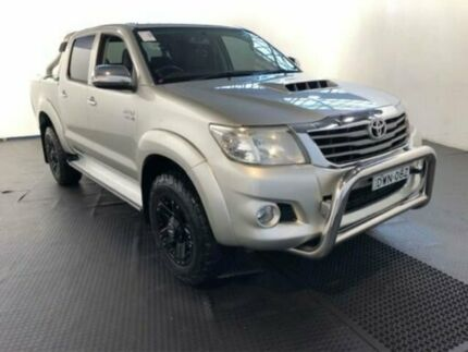 2013 Toyota Hilux KUN26R MY12 SR5 (4x4) Sterling Silver 5 Speed Manual Dual Cab Pick-up Clemton Park Canterbury Area Preview