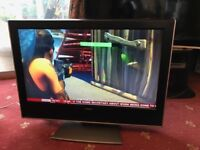 "Toshiba 32"" TV - Great condition, perfectly functioning!"