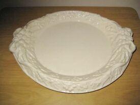 George Jones Majolica Fruit Bowl/Dish Circa 1880.
