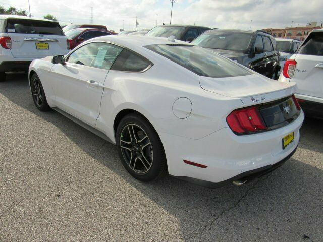 Image 6 Voiture American used Ford Mustang 2020