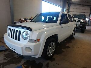 2010 Jeep Patriot 4 x 4 North Edit (REMOTE START/CLEAN CARPROOF)
