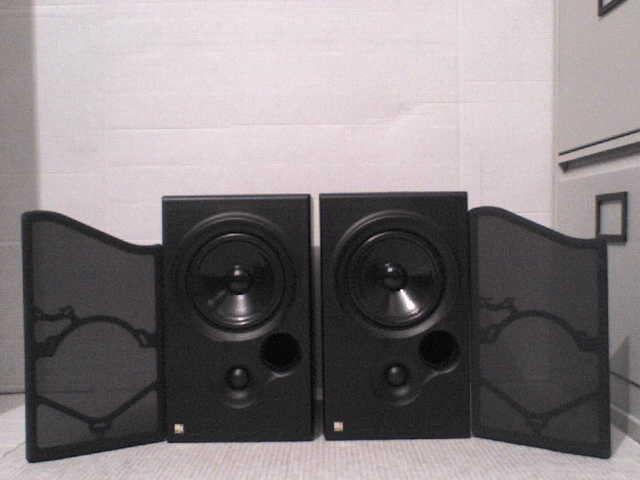70W KEF Coda 7 Stereo Speakers - Heathrow