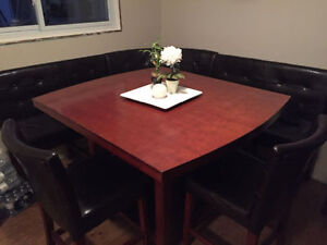 Dining table, bench & chairs