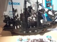 Blox building bricks pirate ship and pirate figures fits lego & other brands