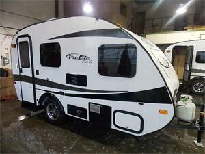 2017 PROLITE PLUS TRAVEL TRAILER