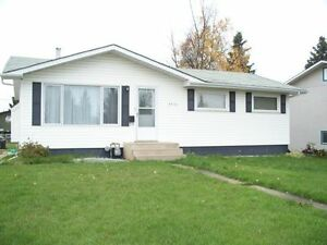 4 BEDROOM IN FSJ - FOR RENT available oct1/17