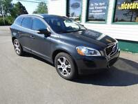 2012 Volvo XC60 T6 AWD Loaded for only $264 bi-weekly!