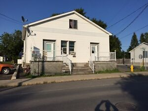 DUPLEX (side by side) RENTAL RESIDENTIAL/COMMERCIAL