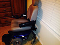 JAZZY ELECTRIC WHEELCHAIR WITH POWER LIFT FEATURE
