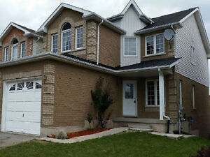 House for lease. 3 b/r, 3 w/r + Deck.City Bradford.From March
