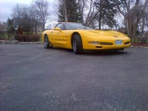 2001 Chevrolet Corvette Z06 Coupe (2 door)