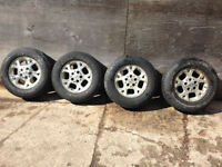 Set of four 16 inch Jeep Aluminum wheels with tires. Kitchener / Waterloo Kitchener Area Preview