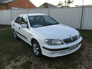 2003 Nissan Pulsar N16 ST White 5 Speed Manual Sedan Belmont Lake Macquarie Area Preview