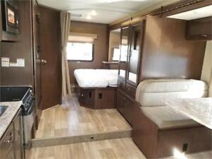 Used 2017 Fourwinds 24F Motorhome