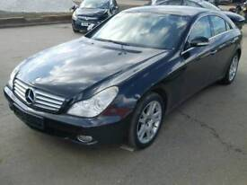 Mercedes Benz cls 320 W219 braking for spares