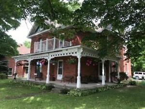 www.CentralOntarioWaterfronts.com  –  $600/MONTH
