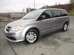2016 Dodge GRAND CARAVAN SXT PLUS WITH DVD, REVERSE CAM, ALLOYS,