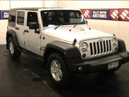 2008 Jeep Wrangler Unlimited JK Sport (4x4) Silver 4 Speed Automatic Softtop Cardiff Lake Macquarie Area Preview
