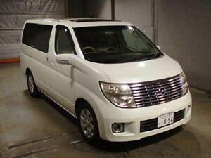 2004 Nissan Elgrand E51 XL Luxury White 5 Speed Tiptronic Wagon Taren Point Sutherland Area Preview