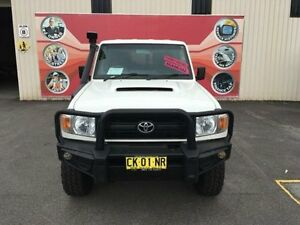 2012 Toyota Landcruiser VDJ76R MY10 Workmate White 5 Speed Manual Wagon Gosford Gosford Area Preview