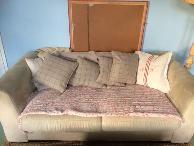 Lovely Sofa For Sale Open To Offers In Norwood London Gumtree