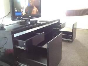 TV unit only $50 black color Flemington Melbourne City Preview