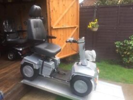 Huge Any Terrain Sungift Mobility Scooter Fully Adjustable Easily Portable Only £390